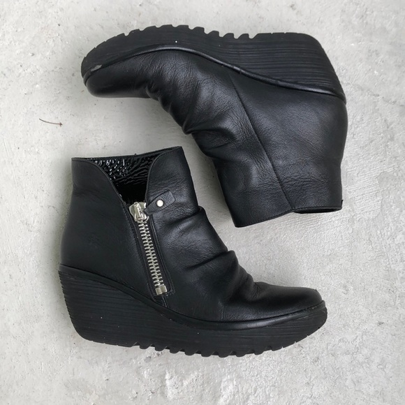 efe2d9d3841f7 Fly Ankle Boots